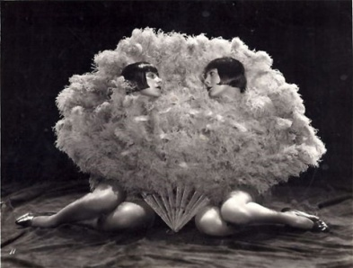 V8 - Dolly Sisters 4