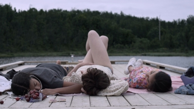 MGS-STILL-4_Actors_Erika-A-Coleman-Julia-Safavi-Tina-Pourdavoy_DOP_Karin-Stenwall