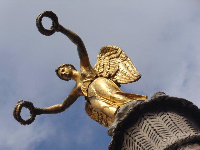 SS fontaine du châtelet