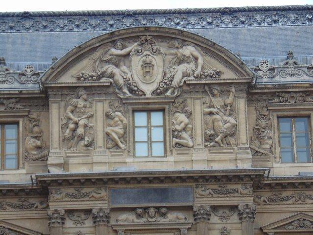 SS - Louvre1